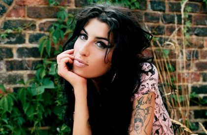 Large_amy_winehouse-4930