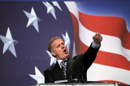Large glenn beck addresses the conservative political action conference 460x307
