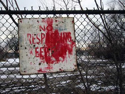 Large rsz no trespassing sign