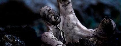 Large rsz zombie grave