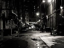 Medium alley